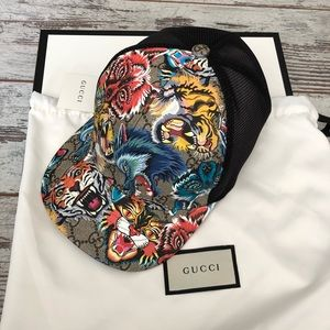 Gucci GG Supreme Wolf Tiger Trucker Hat Large 56